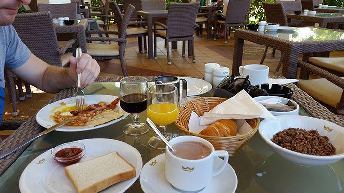 Petit déjeuner Riu Karamboa